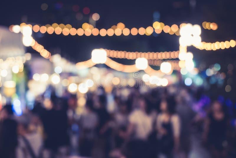 De Partij van de festivalgebeurtenis met Mensen Vage Achtergrond royalty-vrije stock afbeelding
