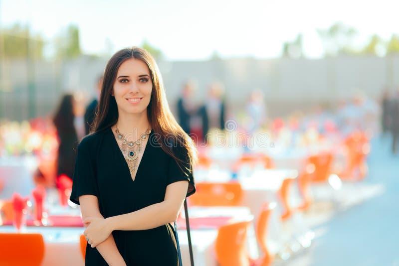 De Partij van de Specialistenwoman organizing outdoor van de gebeurtenisontwerper PR royalty-vrije stock foto