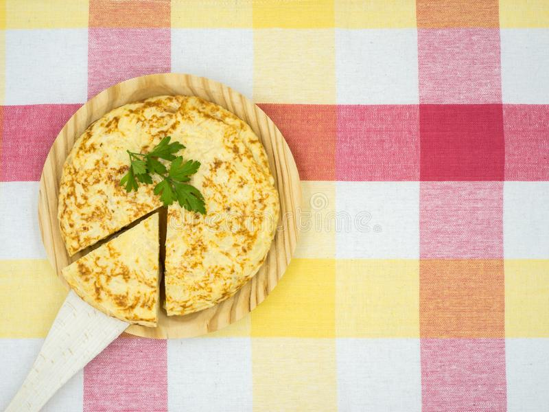 de patatas tortilla royaltyfria bilder