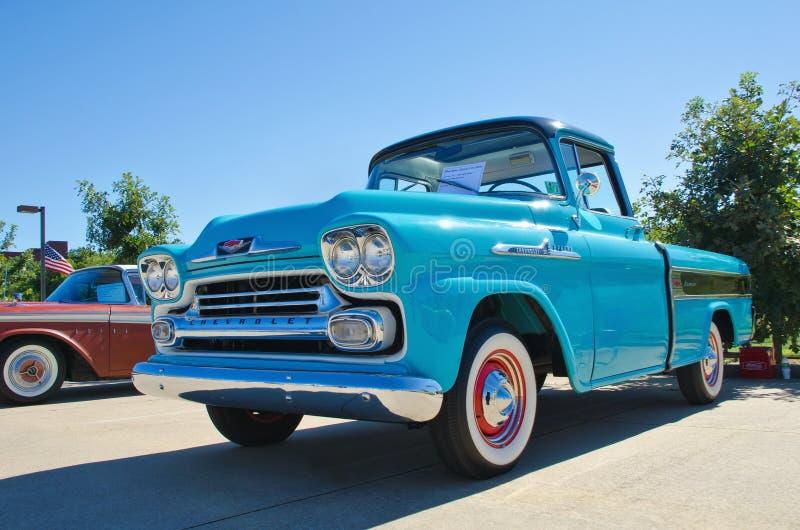 1958 de pick-up van Chevrolet Apache royalty-vrije stock foto's