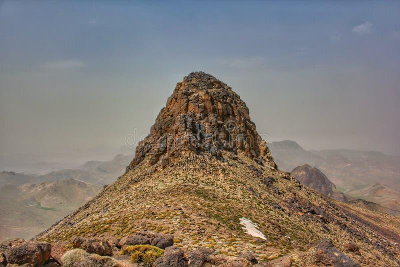 De piek van Jbel Sirwa in de anti-Atlasbergen, Marokko stock afbeeldingen