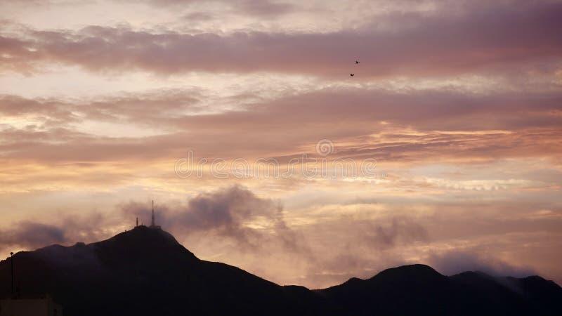 De Piek van zonsondergangkowloon stock foto