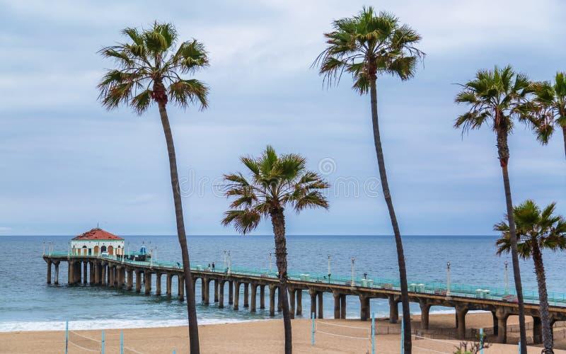 De Pijler van het Strand van Manhattan, Californi? stock foto