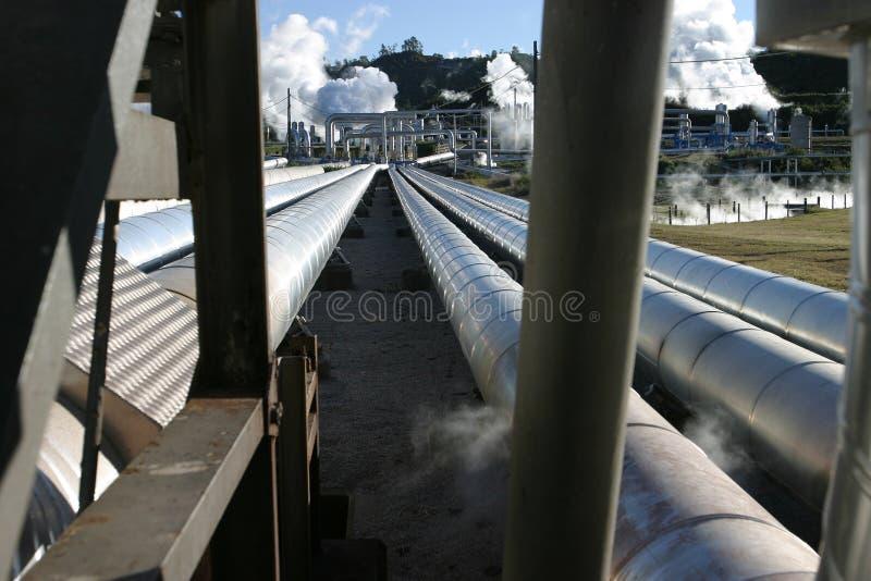 Download De Pijpen van de stoom stock foto. Afbeelding bestaande uit zeeland - 48720