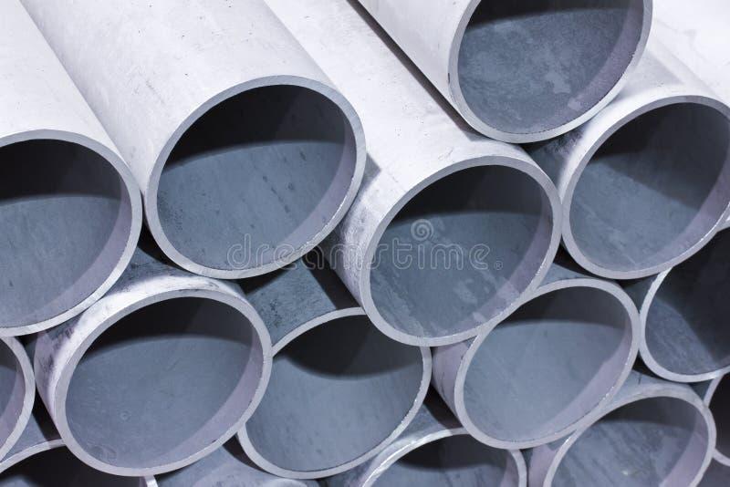 De pijpen van het metaal stock afbeelding