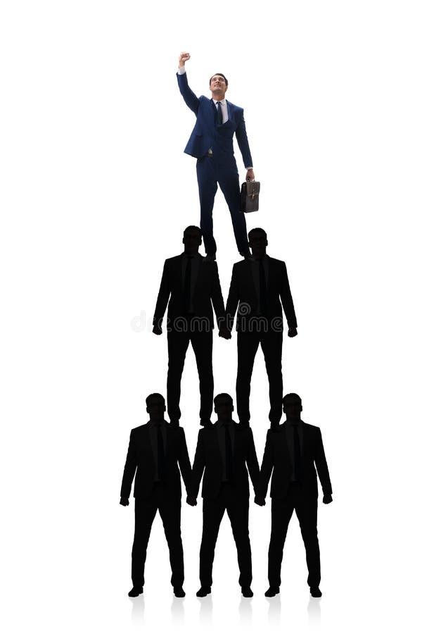 De piramide van zakenlieden in bedrijfsconcept stock afbeeldingen