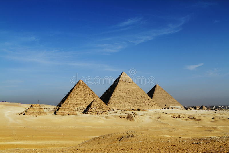 De Piramides stock afbeeldingen
