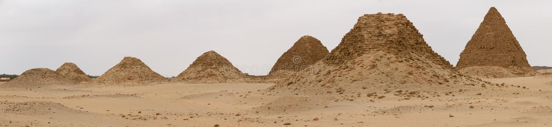 De piramides in Nuri stock foto