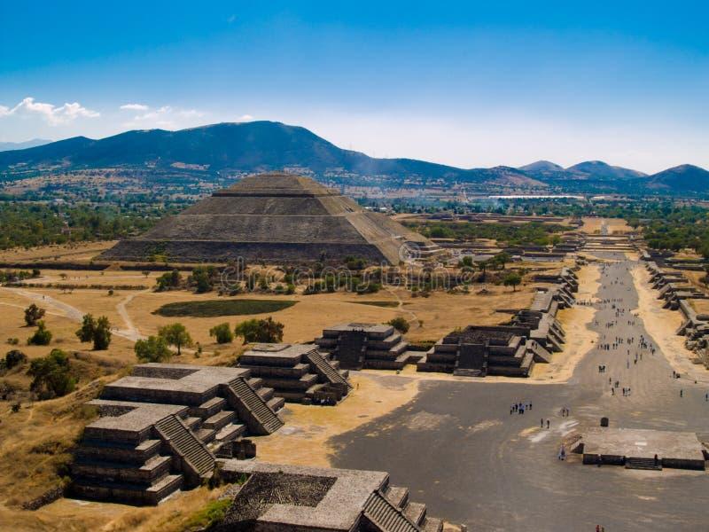 De Piramides van Teotihuacan royalty-vrije stock afbeelding