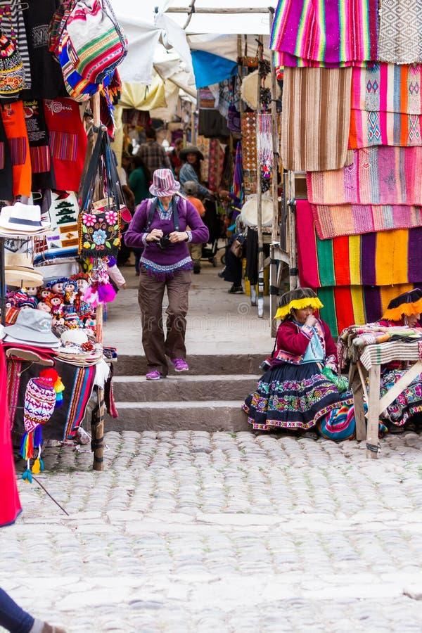 De Pisac-Markt in Peru stock afbeelding