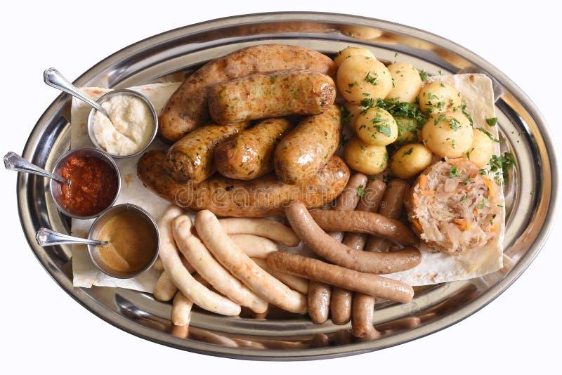De plaat van biersnacks stock fotografie
