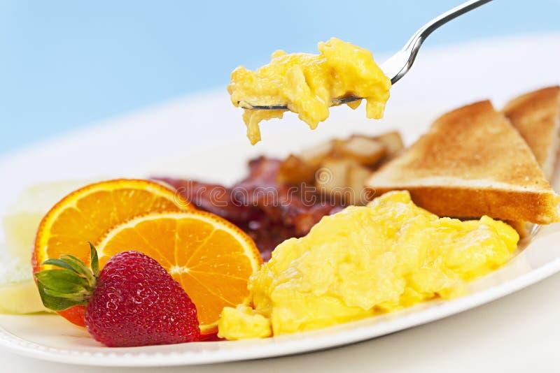 De plaat van het ontbijt met vork royalty-vrije stock foto's