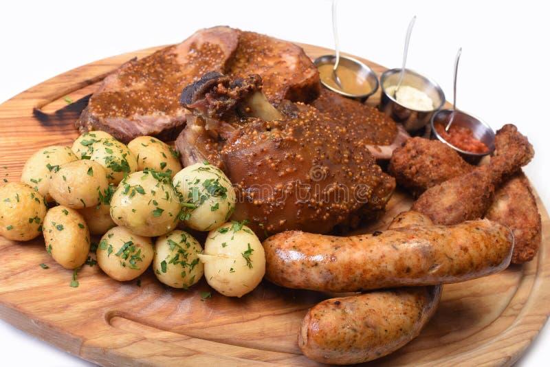 De plaat van vleessnacks royalty-vrije stock foto's