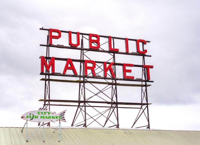 De plaatsmarkt van de Snoeken van Seattle stock foto's