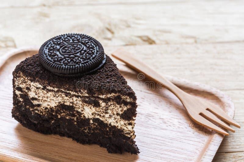 De plak van de chocoladecake royalty-vrije stock fotografie