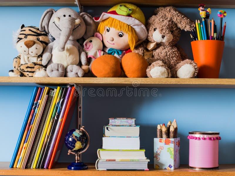 De plank van kinderen stock afbeelding