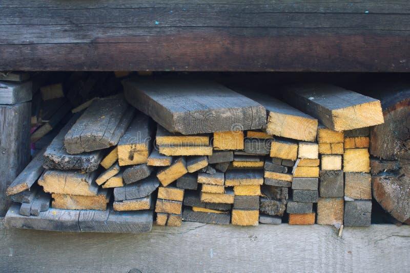 De planken van het hoopbrandhout royalty-vrije stock fotografie