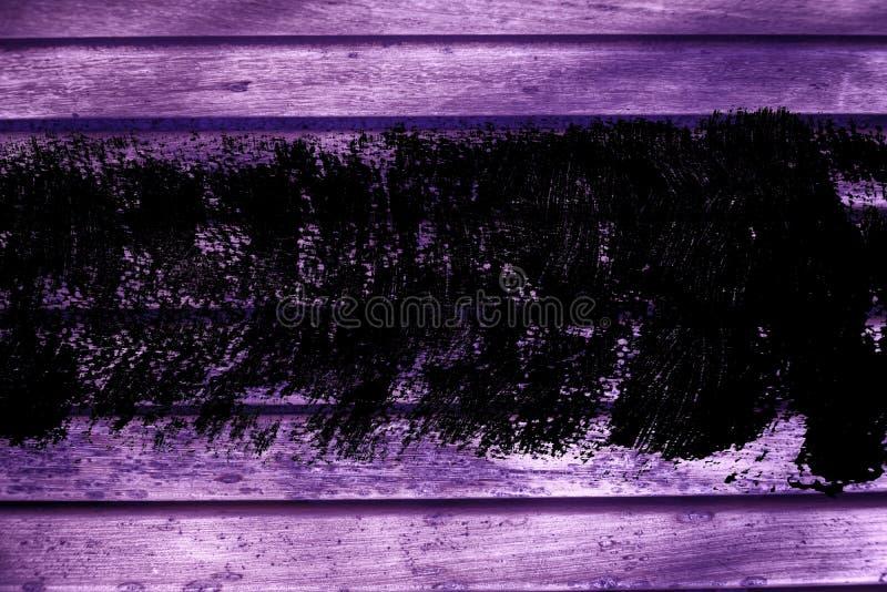 De planktextuur van de Grunge ultra purpere Houten bank voor website of mobiele apparaten, ontwerpelement stock afbeeldingen