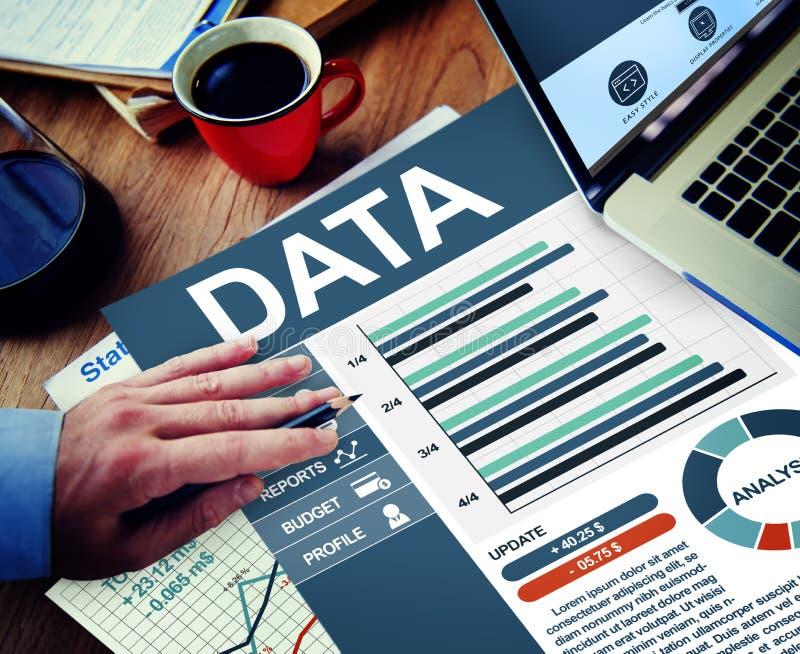 De Planningsconcept van Working Calculating Thinking van de gegevenszakenman stock foto's
