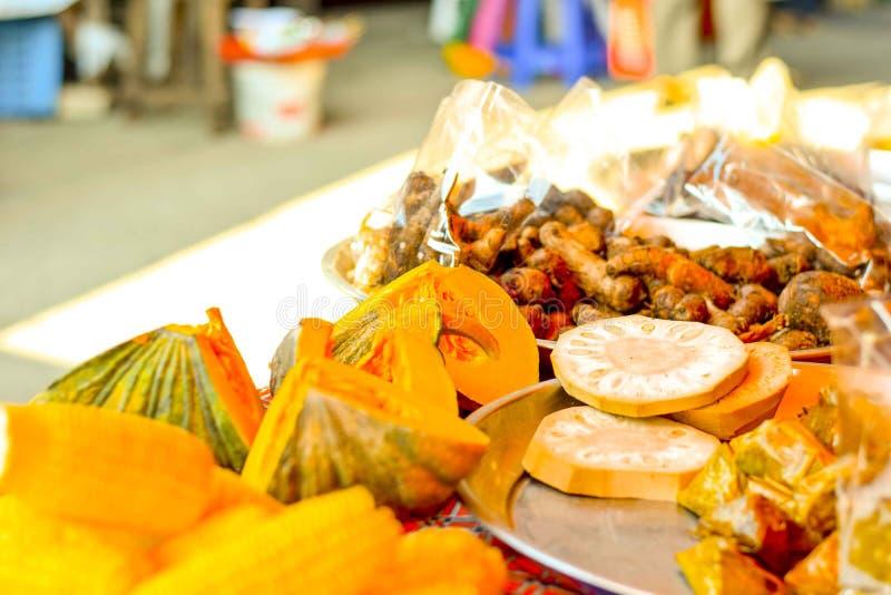 De plantaardige markt in Thailand stock foto's