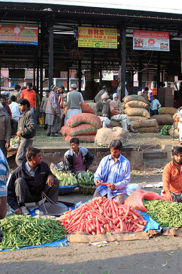 De plantaardige scène India van de opbrengsmarkt stock afbeeldingen