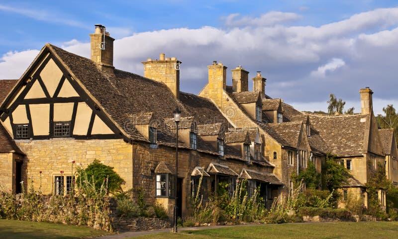 De plattelandshuisjes van Broadway.Traditionalcotswold in Engeland, het UK royalty-vrije stock afbeelding