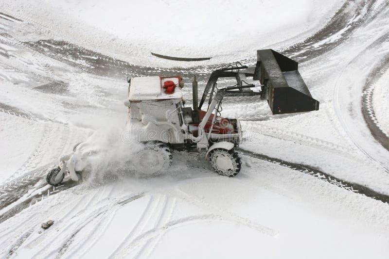 De ploeg van de sneeuw stock foto's