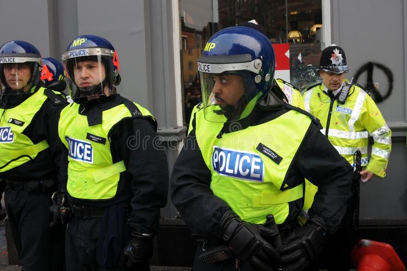 De Politie van de rel op Reserve bij een Protest van de Strengheid stock afbeelding