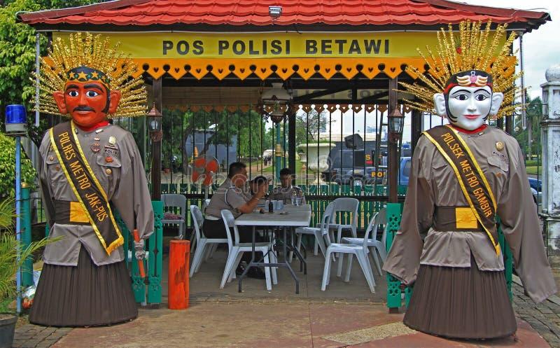 De politiemannen rusten in post, Djakarta royalty-vrije stock foto's