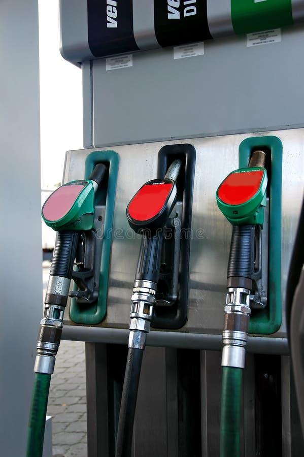 De pomp van de benzine stock afbeeldingen