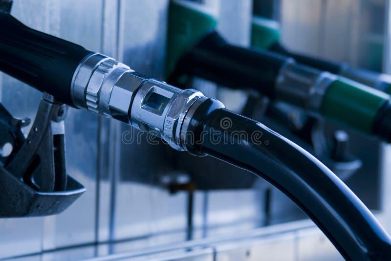 De pomp van het benzinestation stock foto