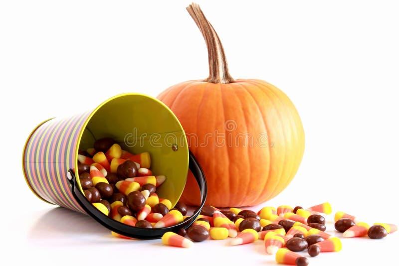 De pompoen en het suikergoed van Halloween royalty-vrije stock fotografie