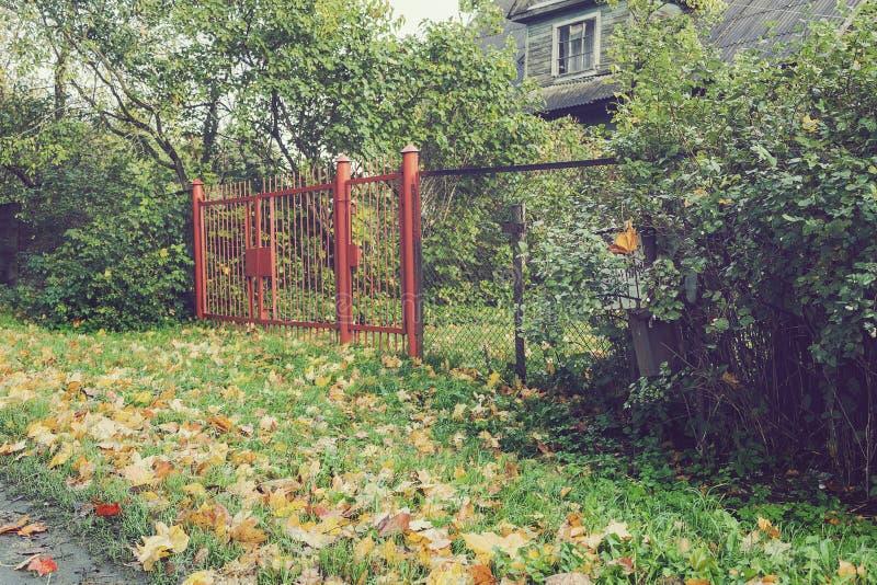 De poort aan de tuin royalty-vrije stock fotografie