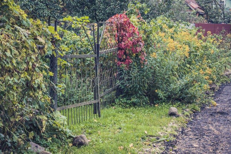 De poort aan de tuin royalty-vrije stock foto