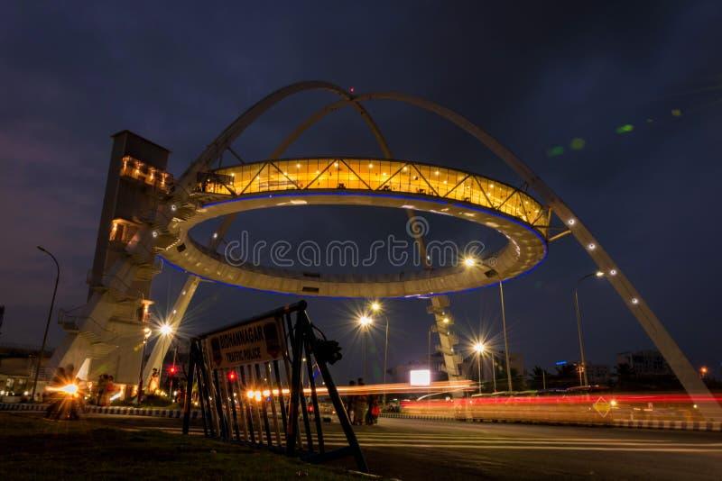 De poort van Biswabangla of Kolkata-Poort bij Nieuwe Stad royalty-vrije stock afbeeldingen