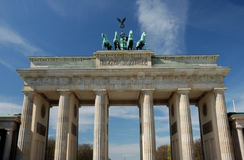 De poort van Brandenburg in Berlijn stock foto
