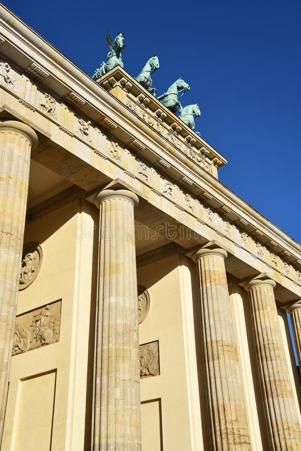 De poort van Brandenburg in Berlijn stock afbeelding
