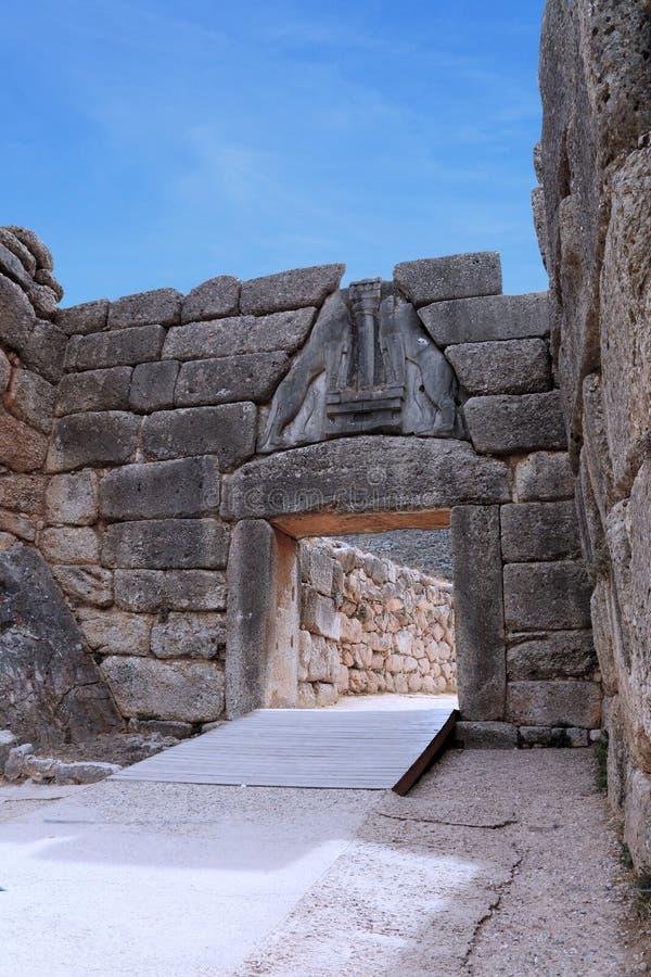 De Poort van de leeuw in Mycenae, Argolida, Griekenland. Reis royalty-vrije stock afbeelding