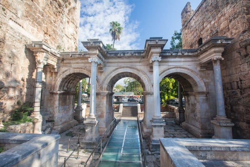 De Poort van Hadrian in oude stad van Antalya royalty-vrije stock fotografie