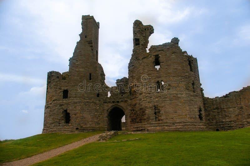 De Poort van het Dunstanburghkasteel stock foto's
