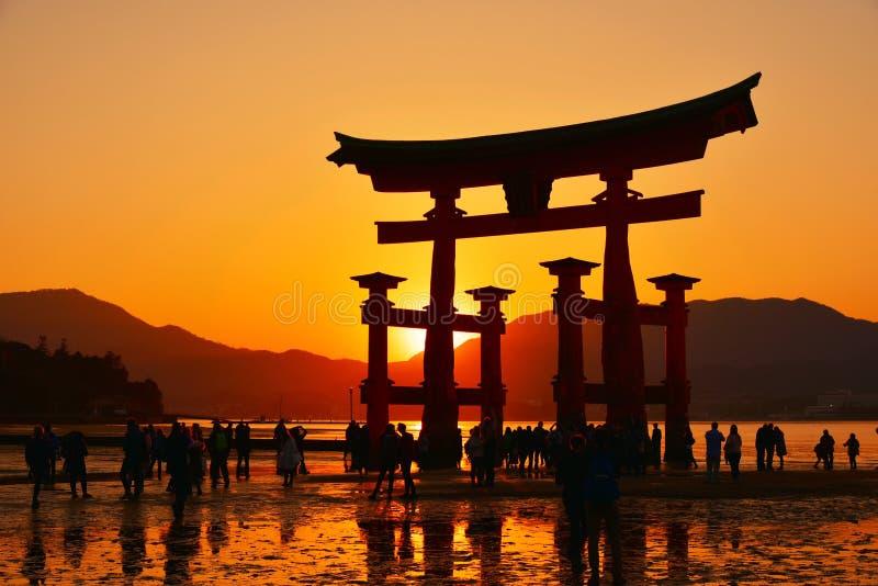 De poort van Torii van Heiligdom Itsukushima royalty-vrije stock afbeelding