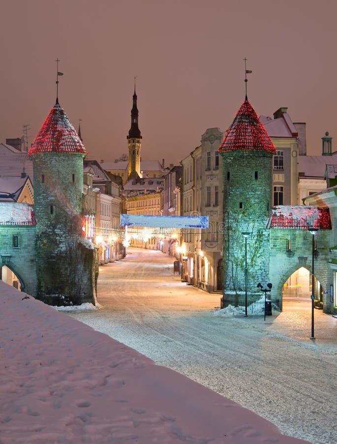 De poort van Viru in Tallinn, Estland royalty-vrije stock afbeeldingen