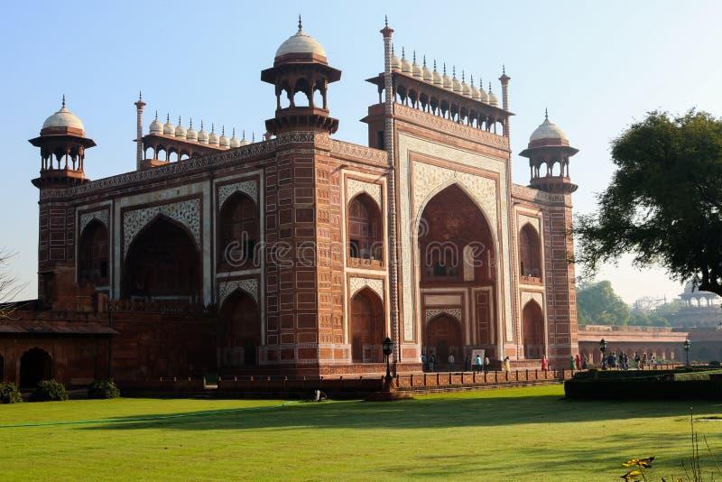 De Poortmanier aan Taj Mahal in Agra royalty-vrije stock afbeeldingen