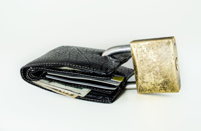 De portefeuille met dollars en kaarten padlocked royalty-vrije stock afbeeldingen