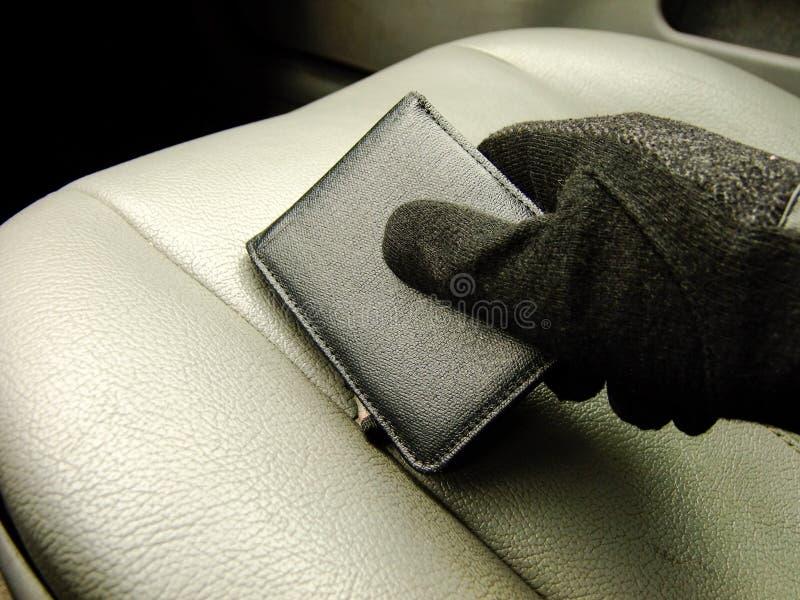 De Portefeuille van de handholding op Front Seat royalty-vrije stock foto's
