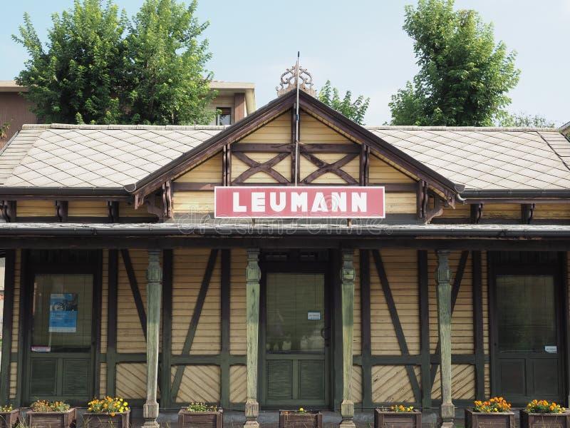 De post van de Leumanntram in Collegno stock foto