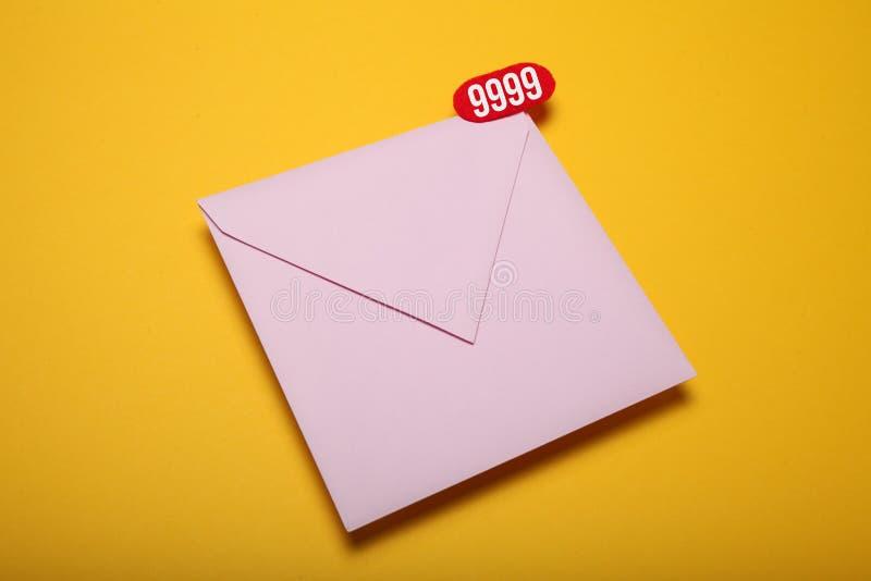 De Postbestellingsdienst Smspraatje, nieuwe e-mail Bedrijfs mededeling royalty-vrije stock foto