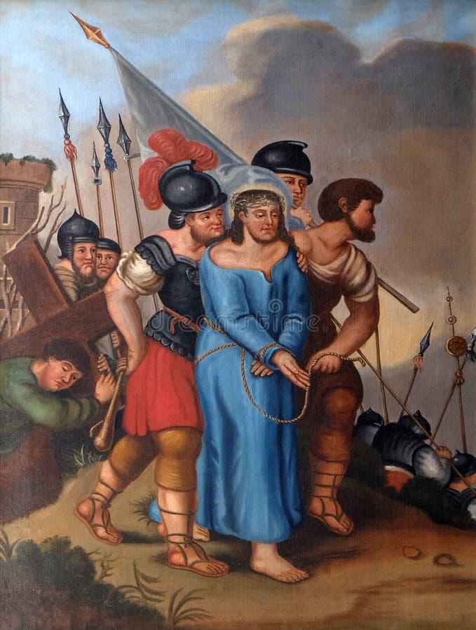 de 5de Posten van het Kruis, Simon van Cyrene draagt het kruis royalty-vrije stock foto