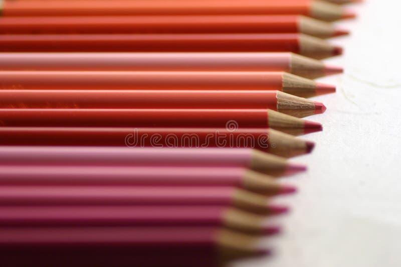 Download De potloden van de kleur stock illustratie. Illustratie bestaande uit gelijkenis - 43664