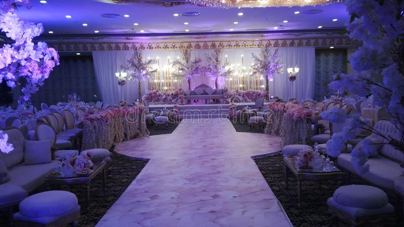 De prachtige decoratie van de huwelijkszaal royalty-vrije stock fotografie
